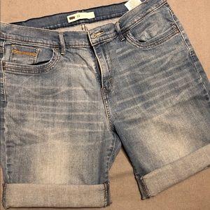 Levi's Jean shorts, women's size 14